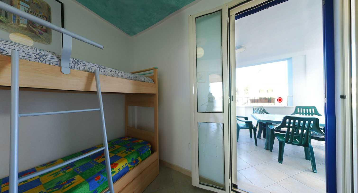 Pescoluse appartamenti in affitto a lido marini for Marini arredamenti